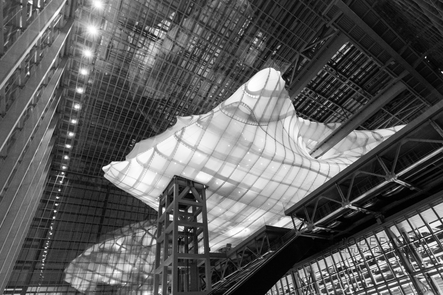 Convention Center - Rome The Cloud - Fuxas Studio - Main entrance lookup