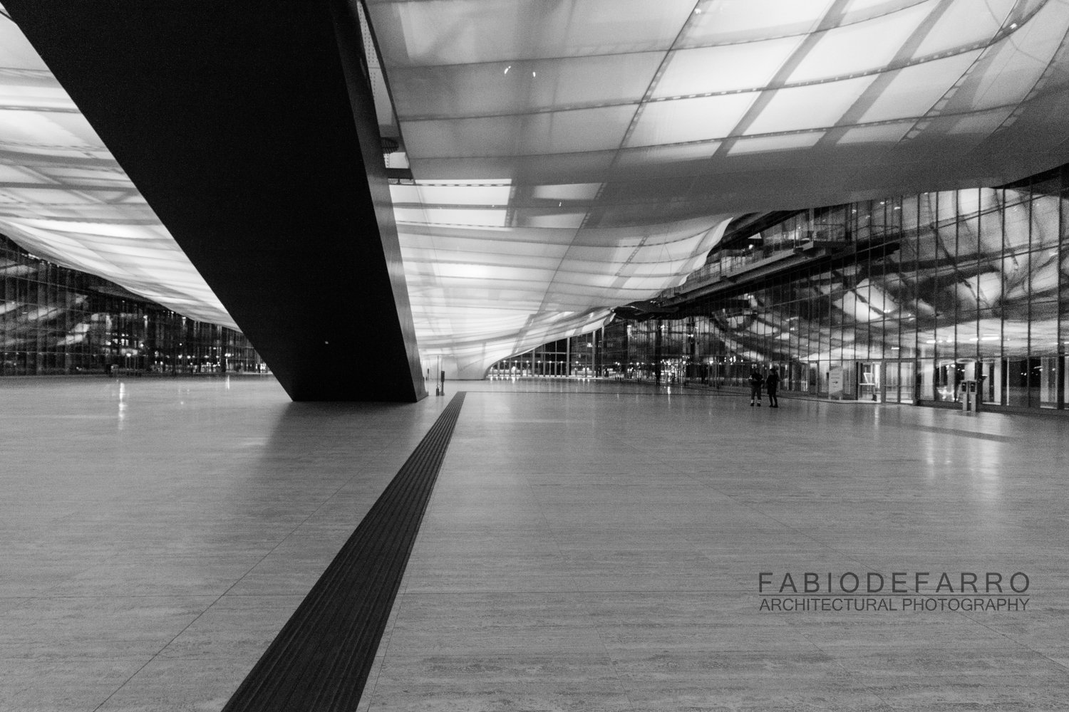 Convention Center - Rome The Cloud - Fuxas Studio - Ground level distribution - exhibition areas