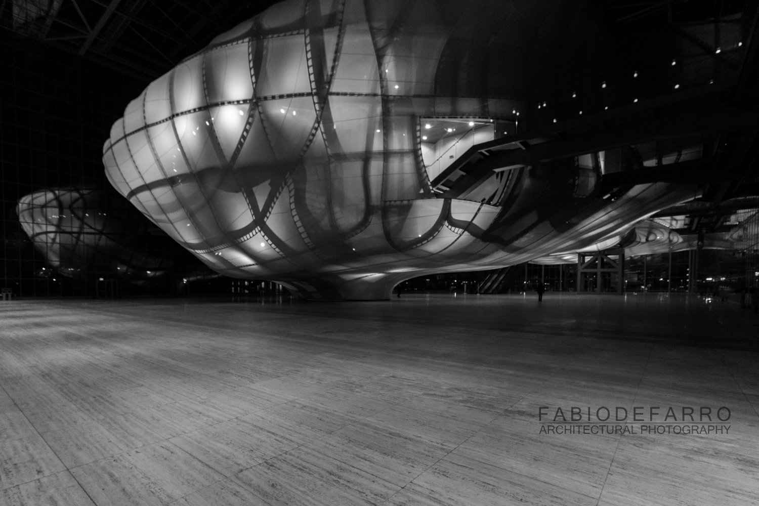 Convention Center - Rome The Cloud - Fuxas Studio - Ground level, distribution and exhibition space